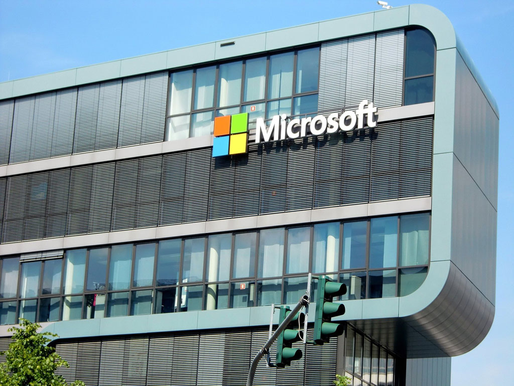 Plateforme des données de santé : le Conseil d'État demande des garanties supplémentaires pour limiter le risque de transfert des données personnelles vers les États-Unis par l'hébergeur Microsoft