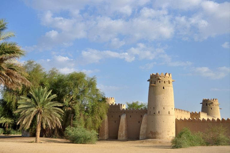 old-fort-2280457_1920